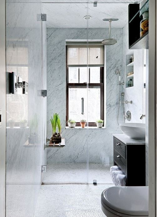 17 Small and Functional Bathroom Design Ideas