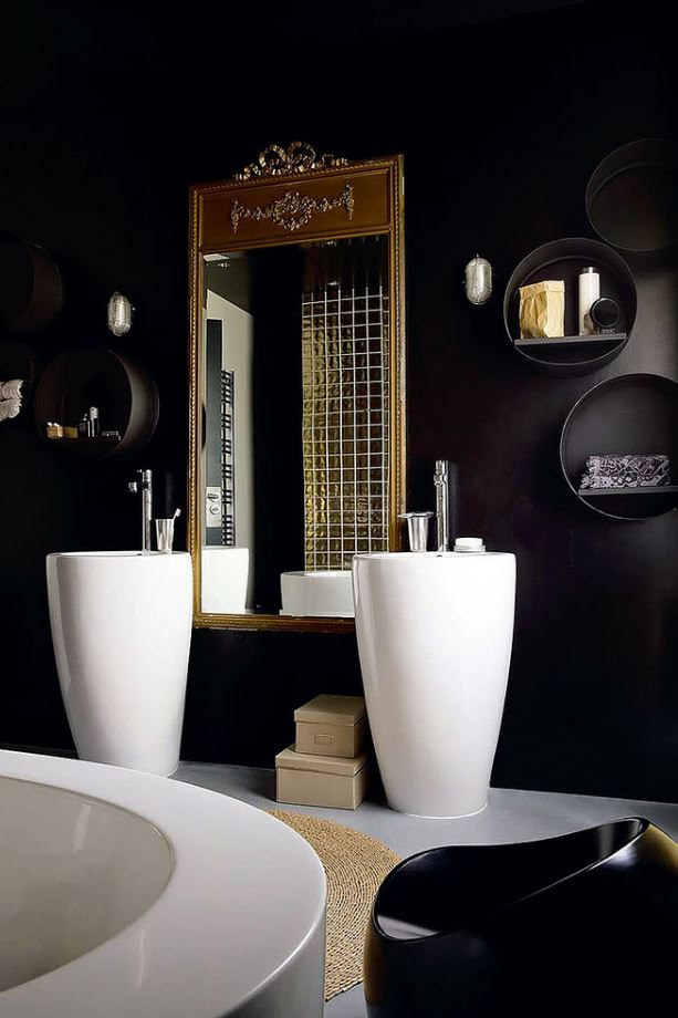 Black and White Elegance Bathroom