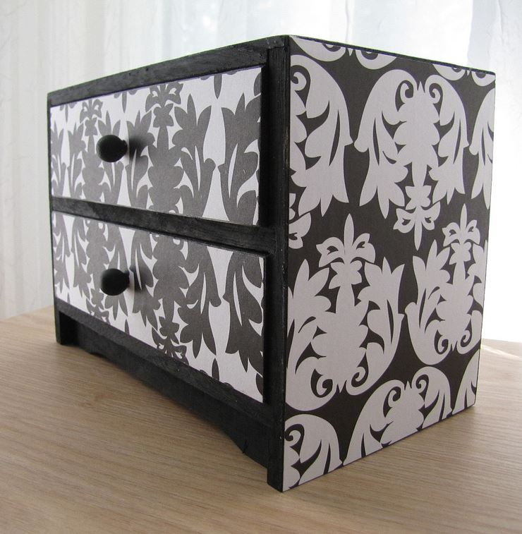 Black and White Trinket Box