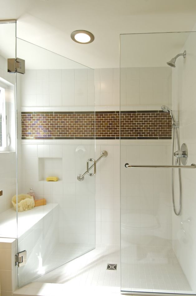 White and Modern Walk in Shower