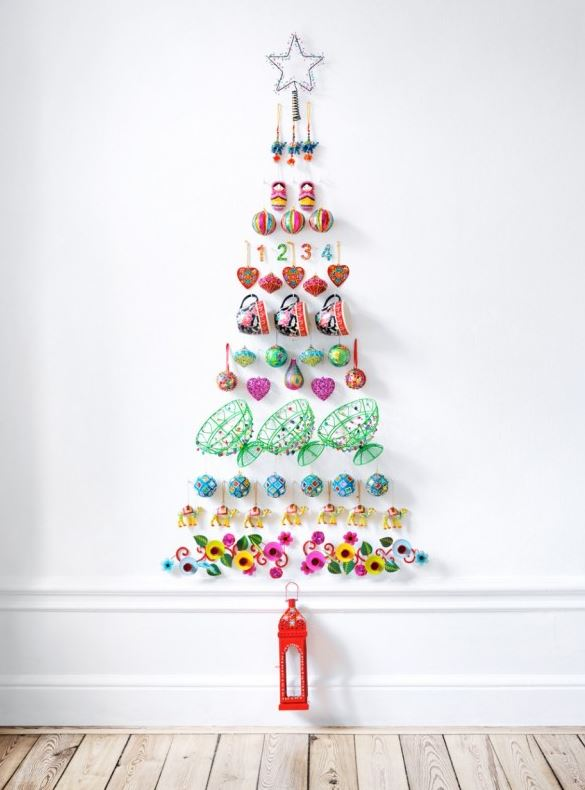 2  30 Awesome Christmas Wall Decor Ideas