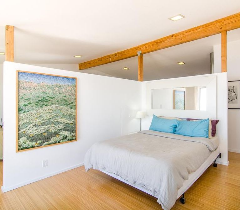 10+ Stylish Bedroom Decorating Ideas